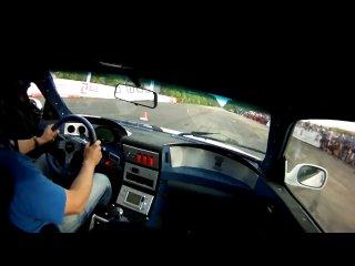 Nissan Skyline GT-R R34 (�������� �.) Vs. Buggati Veyron. Moscow Unlim 500+